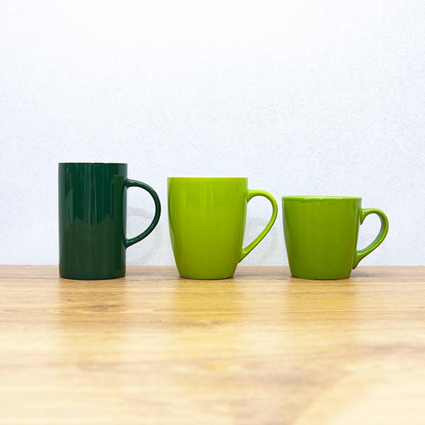 kubki zielone z nadrukiem logo 2